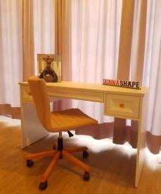 Cadeira com base de madeira + giro