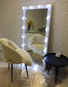 Espelho camarim 18 lâmpadas - Branco